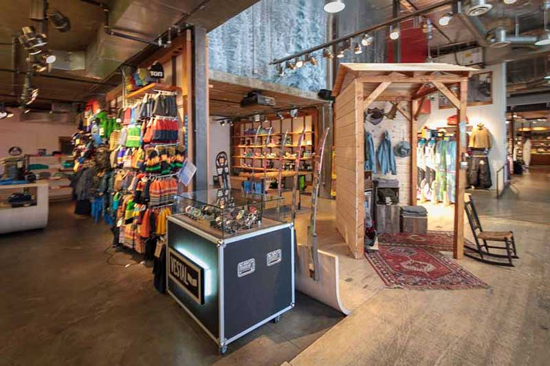 Burton Snowboards apparel boots bindings